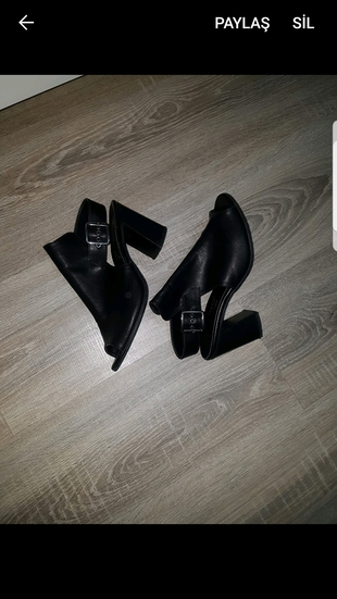 siyah topuklu ayakkabi gunluk