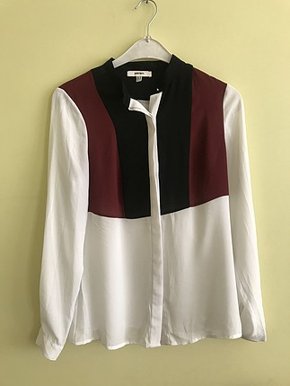 Siyah beyaz bordo renkli gömlek