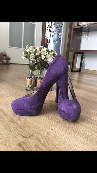 Mor süet ayakkabı