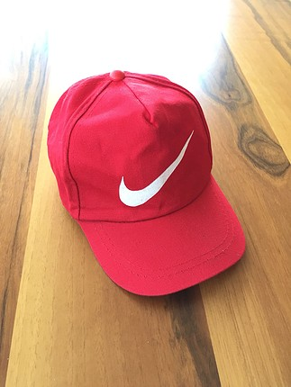 Kirmizi Nike Sapka