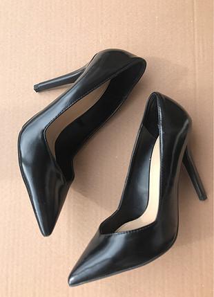 siyah deri stiletto zara 38 numara