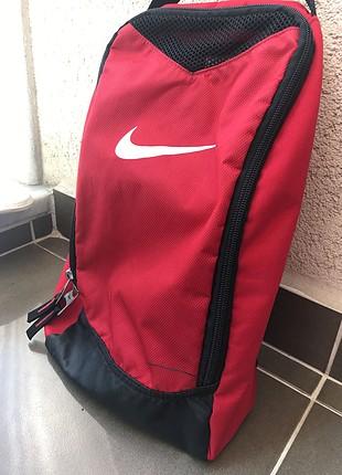 Nike el çantası