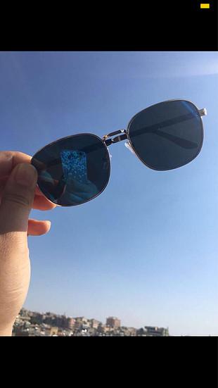 Lacivert güneş gözlüğü