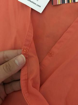 Turuncu Bağlamalı Gömlek