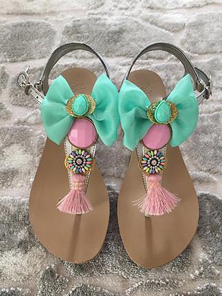 Tasarım sandalet