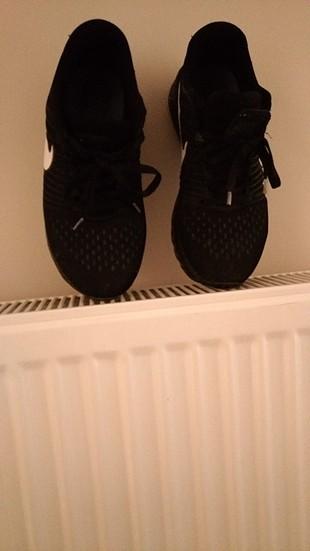 ae02f8bf41d6a Nike Spor Ayakkabı Nike Spor Ayakkabı %55 İndirimli - Gardrops