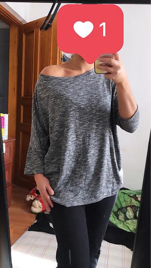 Yarasakollu bluz