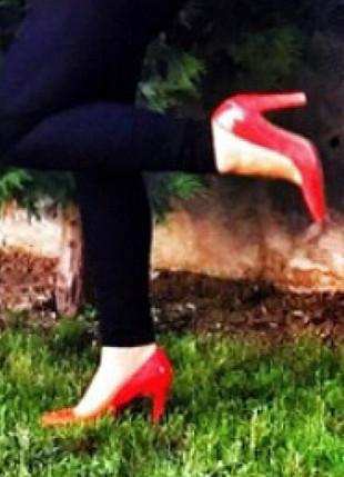 40 Beden kırmızı Renk Mango ayakkabı