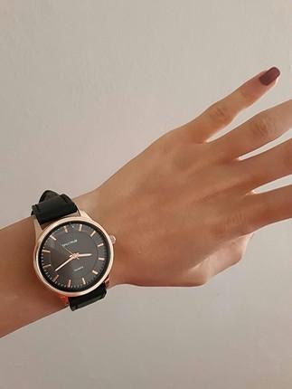 siyah kol saati