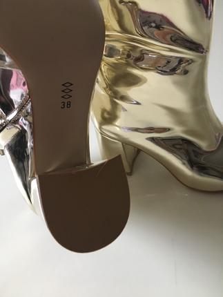 38 Beden Pelinin ayakkabilari gold dore ayna topuklu bot
