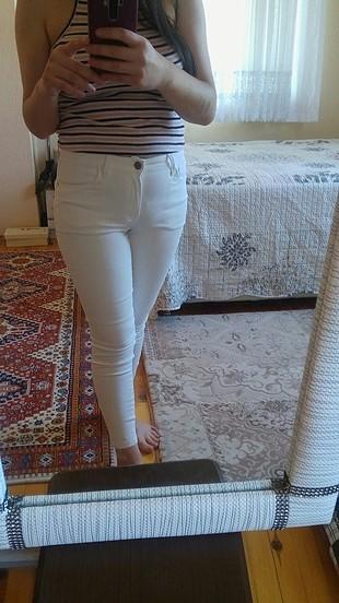 beyaz pantolon