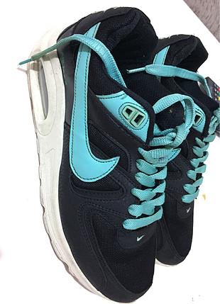 Nıke spor ayakkabı
