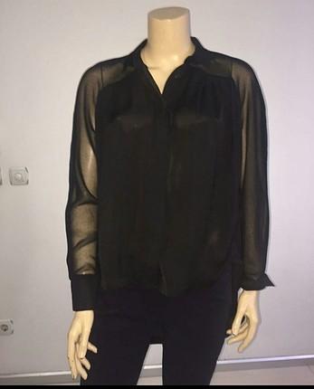 Siyah kolları şifon gömlek