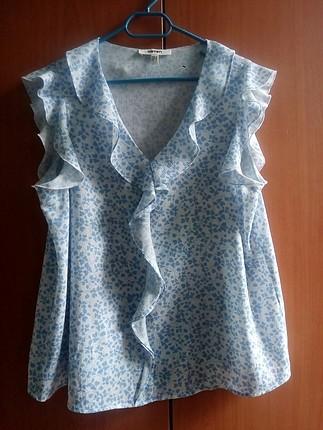 mavi beyaz desenli bluz