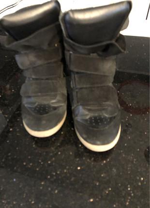 Siyah rahat ayakkabı