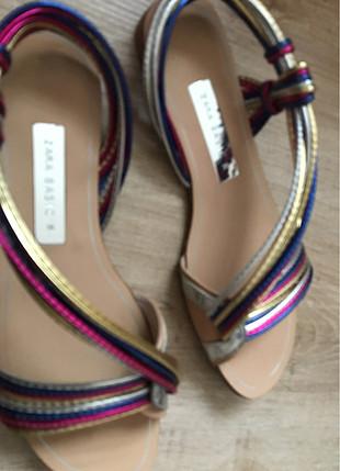 Zara Renkli sandalet