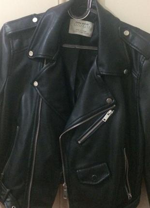 m Beden Zara marka deri ceket