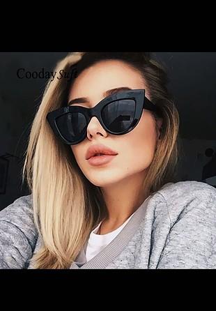 Cat eye muhteşem siyah gözlük