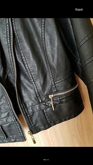 m Beden siyah Renk deri ceket