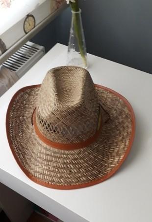 tarz hasır şapka dır...