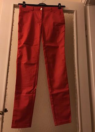 Sarar 42 beden kirmizi jean pantolon