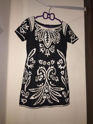 Boncuk İşleme Elbise French Connection