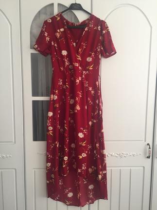 cicekli muhtesem kumaş elbise
