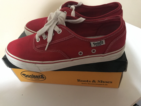 dockers kırmızı renk ayakkabj