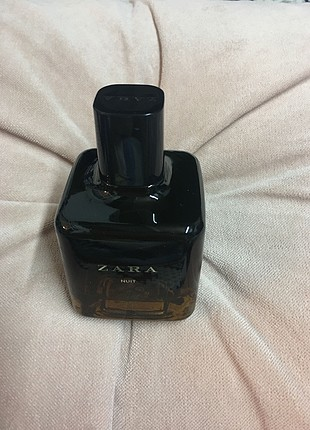 Zara nuit parfüm