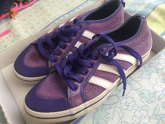 Adidas eski ayakkabı