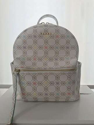 Vakko sıfır sırt çantası