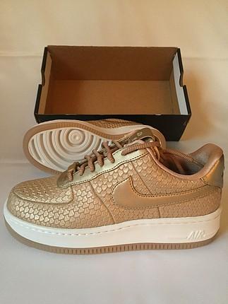 Nike Air Force 1 (37,5)