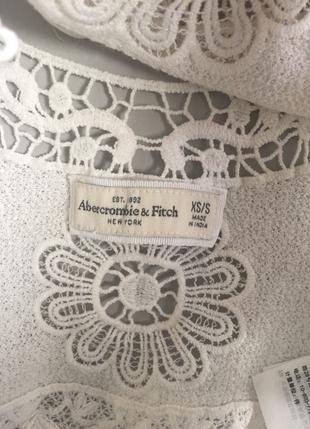 Abercrombie & Fitch Dantel Bluz