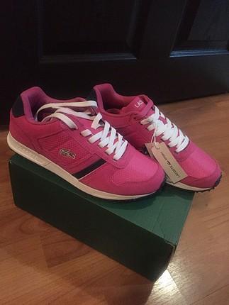 Lacoste spor ayakkabı