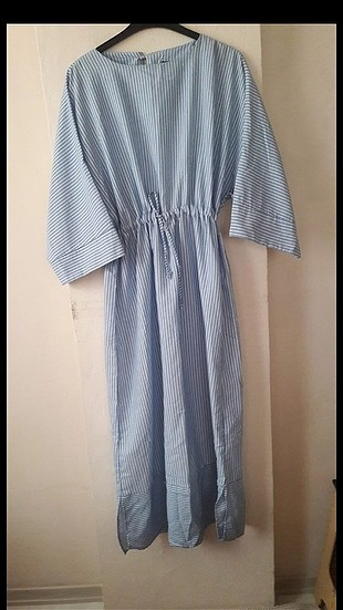 mavi cizgili uzun elbise