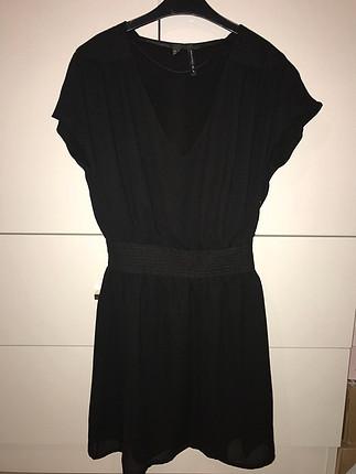 Elbise siyah