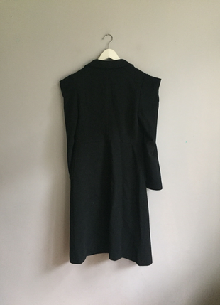 s Beden GG Siyah Kolsajlı Palto