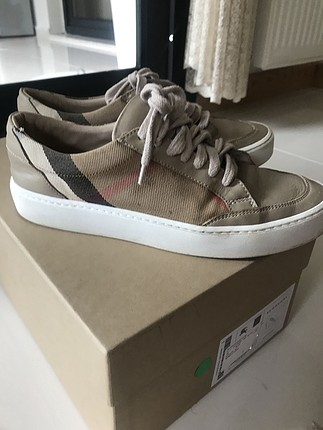 Burberry 36 sneakers
