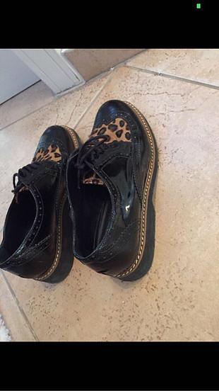 Hotiç leopar desenli ayakkabı