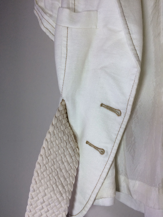 Kısa beyaz ceket