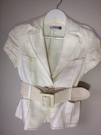 Koton Kısa beyaz ceket