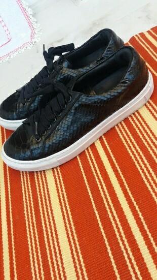 hotic harika sneakerslar