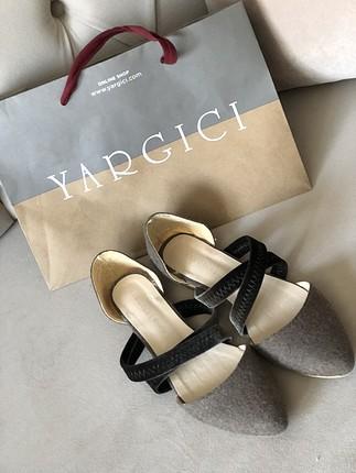 YARGICI Kadife Bantlı sandalet Babet
