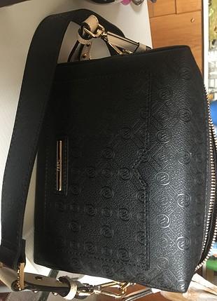 m Beden Vakko siyah çanta