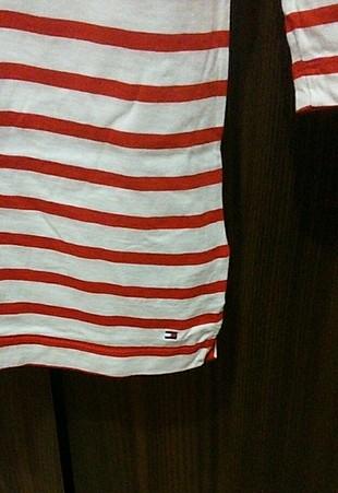 m Beden Tommy Hilfiger orijinal t shirt