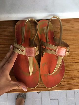 Plaj sandaleti