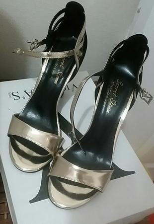 Topuklu Ayakkabı Ayakkabı