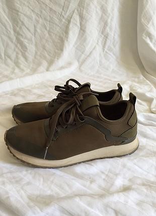 Pull and besr spor ayakkabı