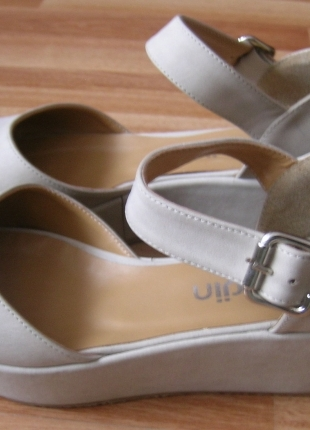 37 Beden Dolgu Topuk Ayakkabı