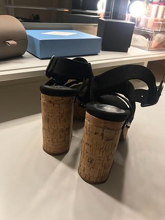 H&M Dolgu topuk ayakkabı